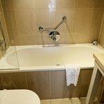 Bath 7 Shower