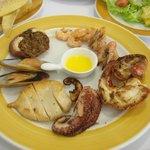 Seafood parillhada