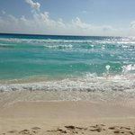 Clear water, nice waves to have fun