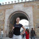 Я, на границе Медины и Французкой частью Туниса