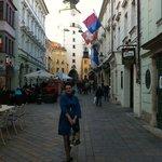 Одна из центральных улочек Старого города.