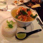 King prawn red curry with veg. Pretty intense flavours :)