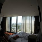 Room with bed (wide angle view)