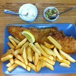 Fish and chips con salsine