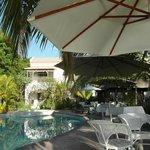 Espace piscine et restauration