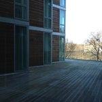 Вид из окон лобби одного из этажей