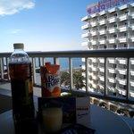 prima colazione sul balcone