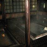 Чудесная деревянная купальня на первом этаже