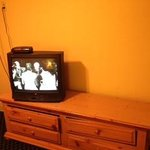 TV with only 1 drawer that opened