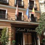 Fachada do Hotel Victoria 4