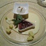 Uno dei dolci più squisiti: crema di prugne in mantello di marzapane!