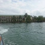 Hotel visto do mar