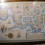 Mapa de Colonia na parede.