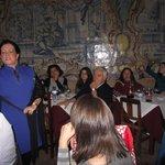 Os fadistas interagem com o público