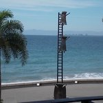 Outstanding sculptures on the Malecon