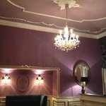 Parlor/Lounge