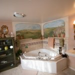 Bowman Suite: master bath with heated floor