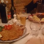 Veal cutlet and Spaghetti Aglio