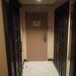 玄関部分の作りがプライバシーを考えています
