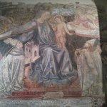 La Madonna del Manto di Domenico di Bartolo nella sagrestia vecchia