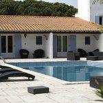 rooms overlooking pool