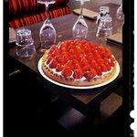 Tarte aux fraises crème d'amandes et chantilly de mascarpone.
