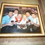 Foto de la familia que rige el restaurante.