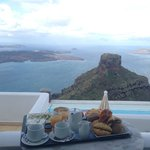 Breakfast by the Volcano