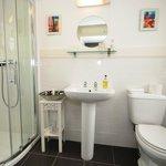 Southford Suite - Bathroom