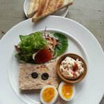 6.Fish terrine with a salad mix, egg and tartare sauce