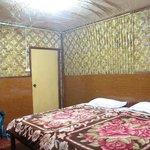 la chambre twin bed