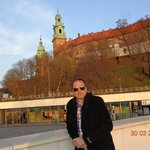 Castelo de Wawel, ao fundo