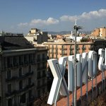 Vista de Barcelona da cobertura do hotel