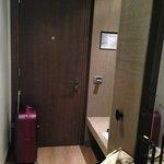 Дверь(прихожая)
