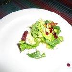 Exquisita ensalda de jícama, parte de las delicias del restaruant