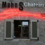 MahnS Chateau