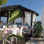 Laspigola beach front dining