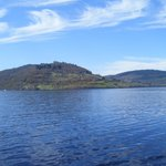 Urquhart Castle vom Schiff aus