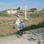 Колонна храма Артемис