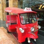 Mini taxi no parque