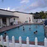 piscina e lavanderia
