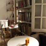 Mori Mori Weekend Corner Cafe - decor