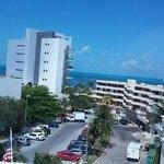 Mas que feliiz en Barcelo Costa Cancun mis mejores vacaciones gracias por todo exelente la atenc