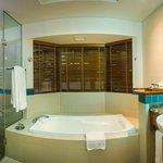 Island Suite Bathroom