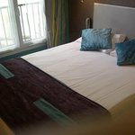 Blick aufs Bett (140 cm Breite)