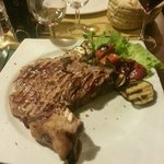Bistecca con verdure grigliate
