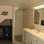 Suite 8 - Bathroom
