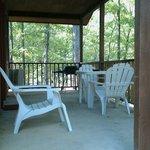 1 bedroom cabin back patio