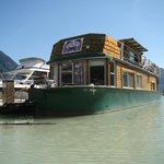 Foto de The Float House Inn