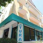 Photo de Hotel Tura